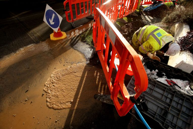Irish Water in row over use of private contractors
