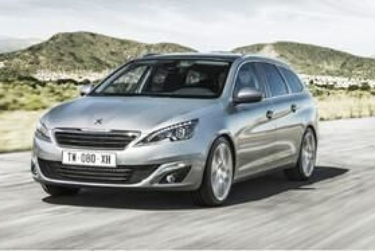 With 120hp and 300Nm of torque the new Peugeot 308 SW 1.2-litre three-cylinder petrol engine punches well above its weight.