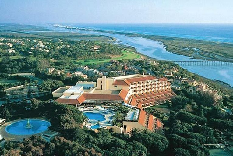 Local reports suggest Denis O'Brien's Quinta do Lago golf resort may sell for up to €220 million