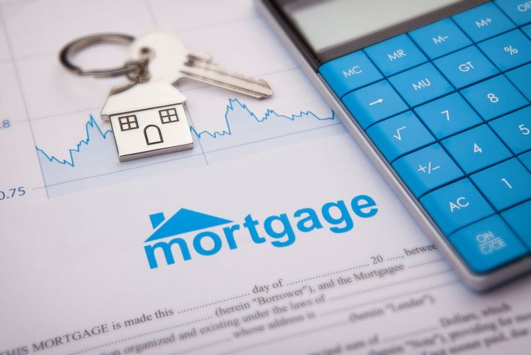 Filling out paper applications for mortgages might soon be a thing of the past thanks to recent fintech development