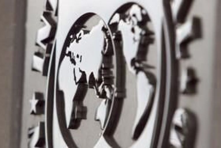 IMF cuts 2013 global growth forecast