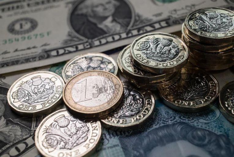 Is recent dollar weakness against the euro a harbinger of decline? Pic: Getty