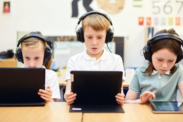 It's clear that children need to be introduced to foreign language learning at much younger ages