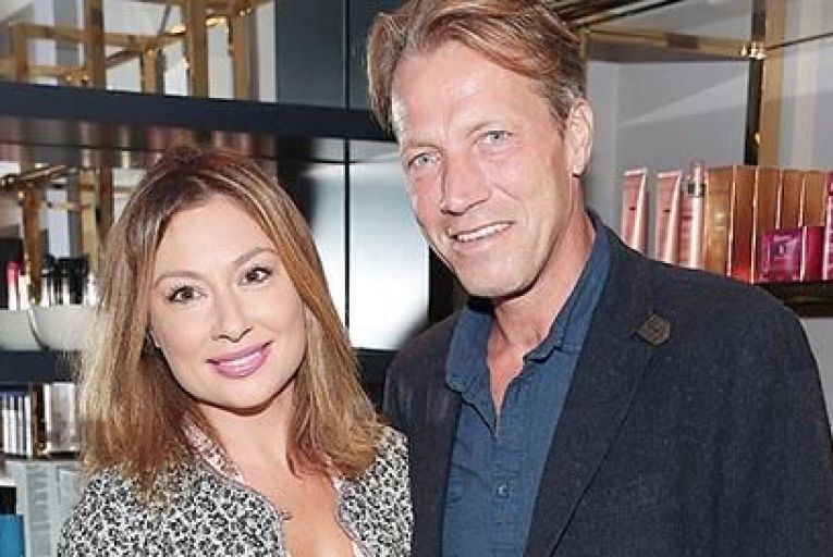 Leigh Arnold and husband Steve Davies
