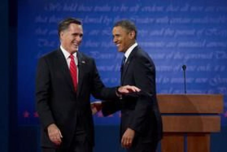 Polls show Romney drawing level with Obama