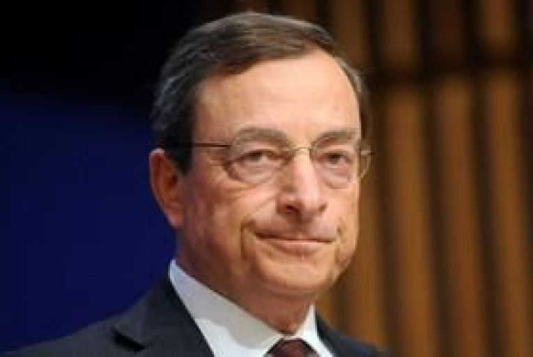 ECB to offer banks unlimited cash for three years - Draghi