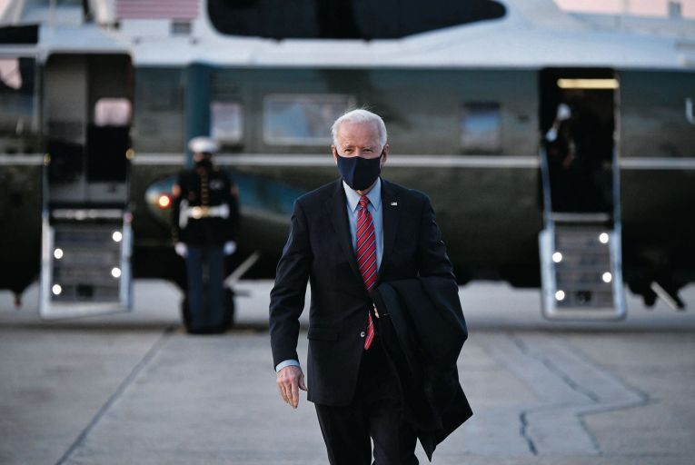 Biden sidelines opposition to push through recovery plan