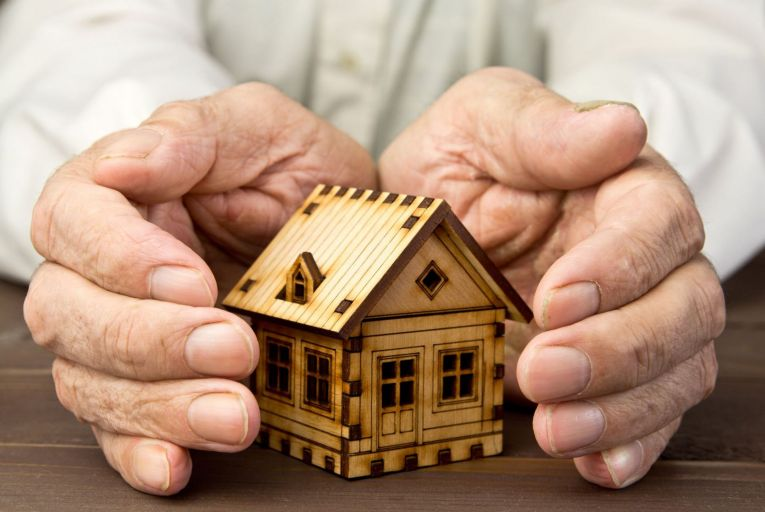 State report says most older homeowners unwilling to downsize
