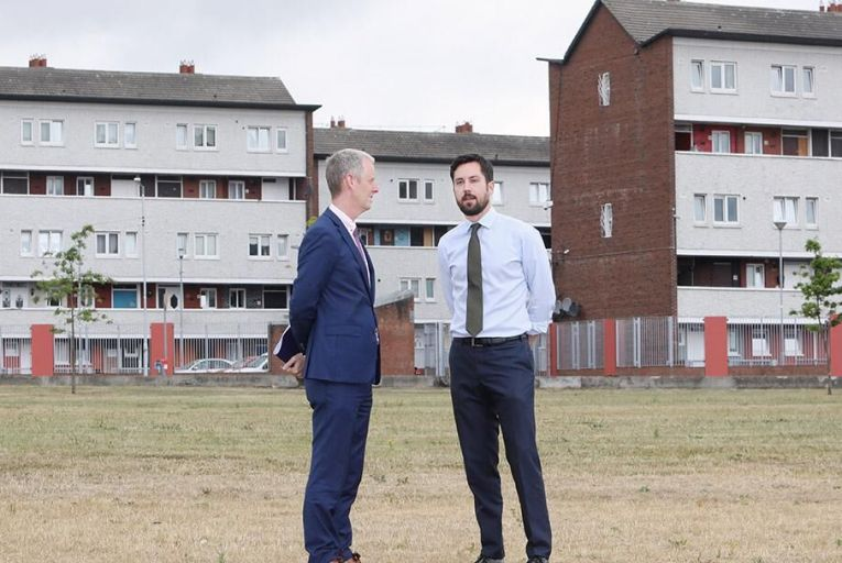 Minister for Housing  Eoghan Murphy (right) with Vice-President of the European Investmen Bank Andrew McDowell at St Michael's Estate, Inchicore Pic: RollingNews.ie