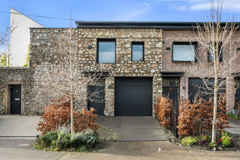 1 Brookfield Mews was the showhouse unit in a terrace of four hip A3-rated homes
