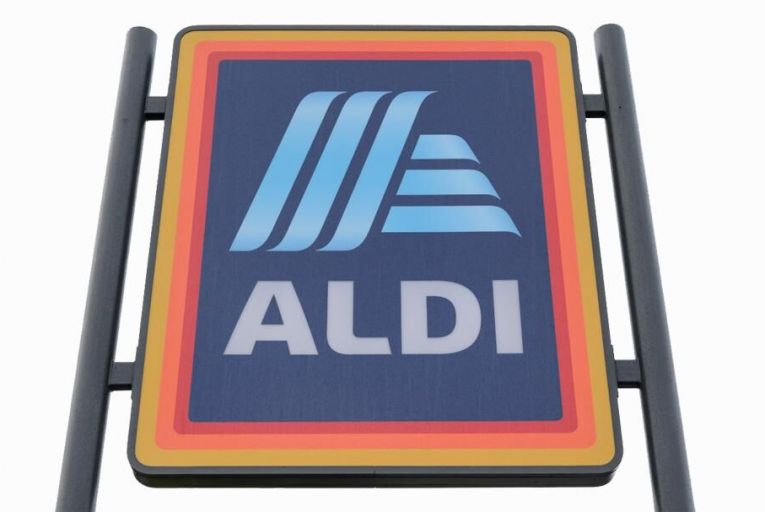 Aldi says rivals gain from restrictive opening hours