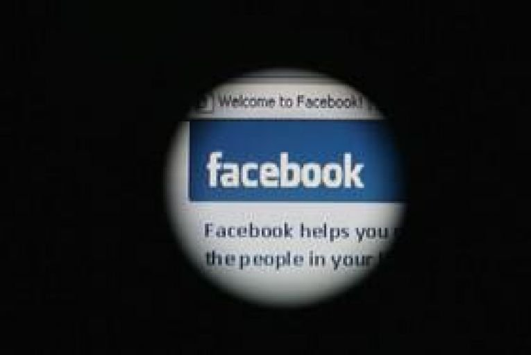 Facebook moderators demand to be allowed to work from home