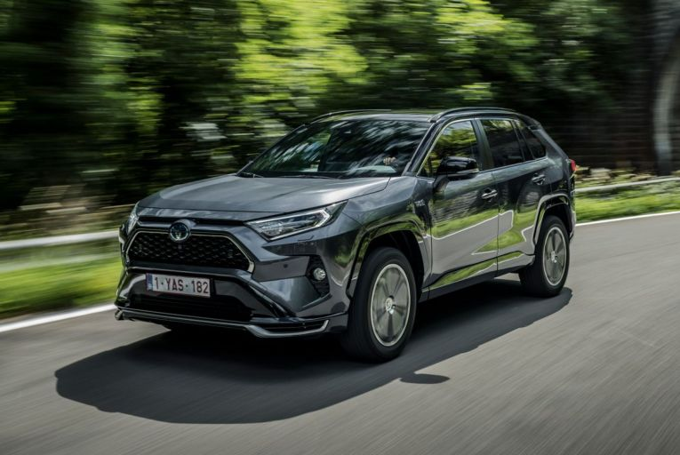 Test drive: Toyota plugs in the RAV4 and takes the lead