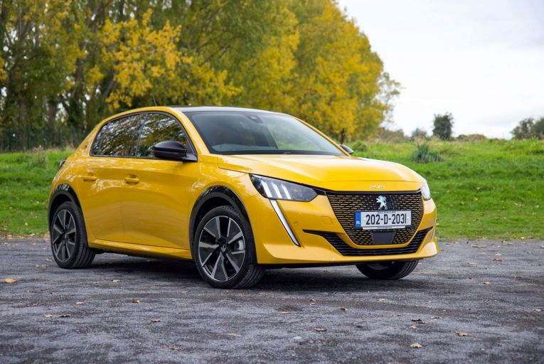 The Peugeot e-208: pricing starts at €26,853