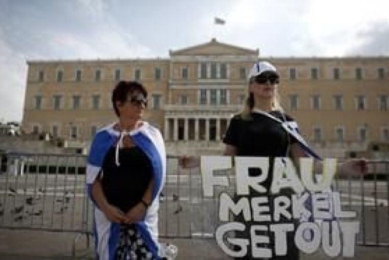 Athens: protest begins as Merkel arrives