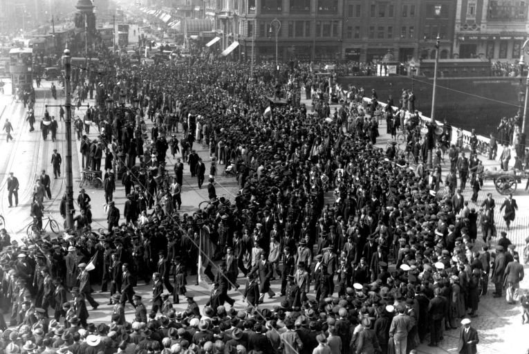 Members of the Irish Brigade arriving at North Wall, Dublin, on their return in 1937 from fighting in Spain for General Franco's forces during the Spanish Civil War. Picture: Getty
