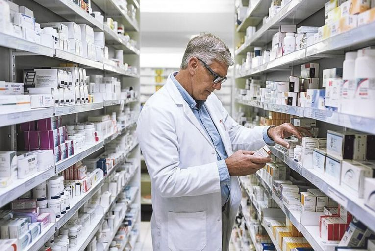 One of the challenges facing dispensaries across the country is a shortage of pharmacist locums, especially outside urban areas