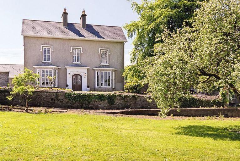 Avena House in  Ballisodare, Co Sligo