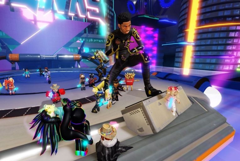 A virtual concert by rap star Lil Nas X on Roblox: the show received more than 35 million visits online