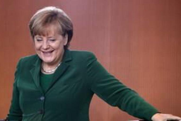 Merkel wants euro zone where rules are followed