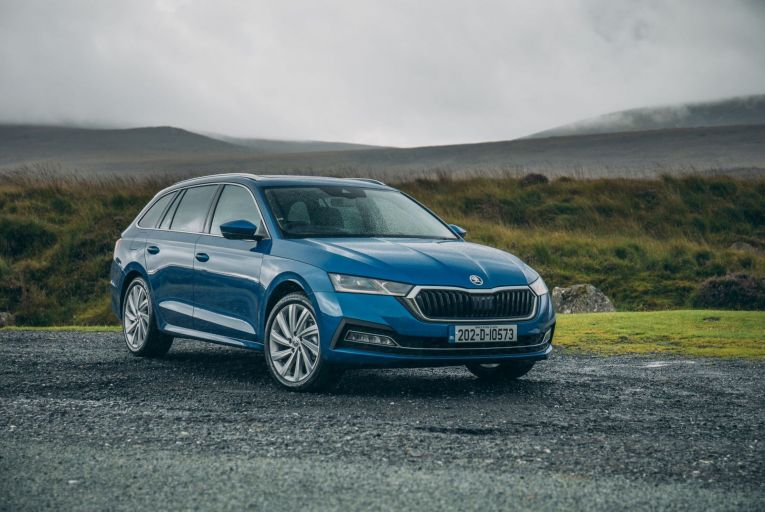 The Skoda Octavia Combi has everything we like about the previous generation of the C-segment five-door hatchback, plus a bigger boot that swallows 640 litres of luggage