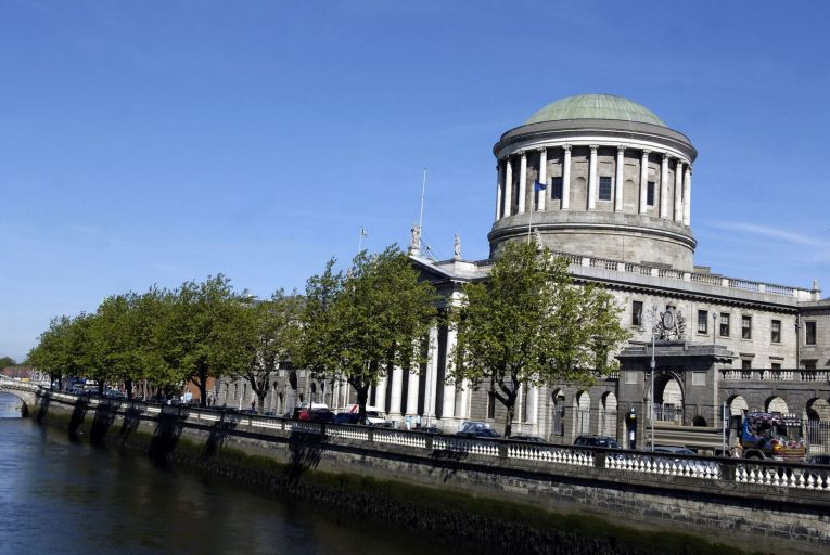 Barristers earn a 'ridiculous' €25 a day to appear at court