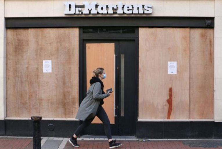 By the time we reach the anniversary of the emergence of this virus in Ireland later this month, many retailers will have been closed for half a year. Photo: RollingNews.ie