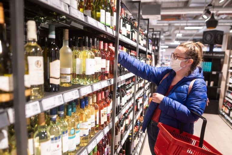 Off-licences lobbied to get earlier minimum unit pricing