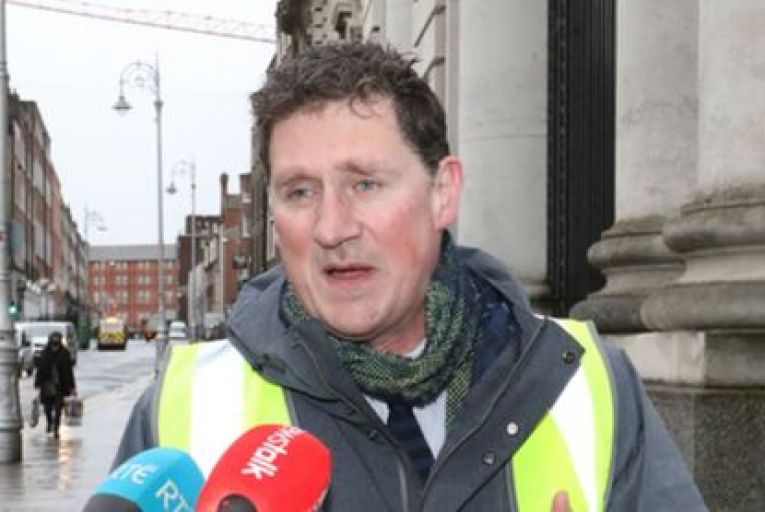 Analysis: How Fine Gael and Fianna Fáil will try to outmanoeuvre Eamon Ryan in 'road wars'