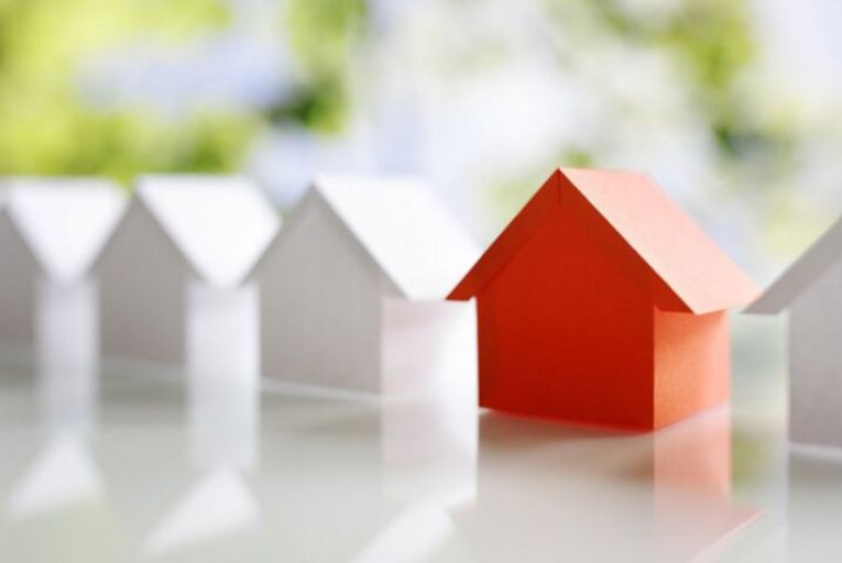 Fiscal council expert says that a house price crash is unlikely