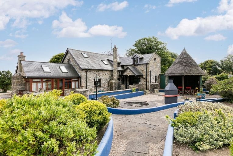 Presented in immaculate condition, Chapel Gardens is on the market with a guide price of €695,000
