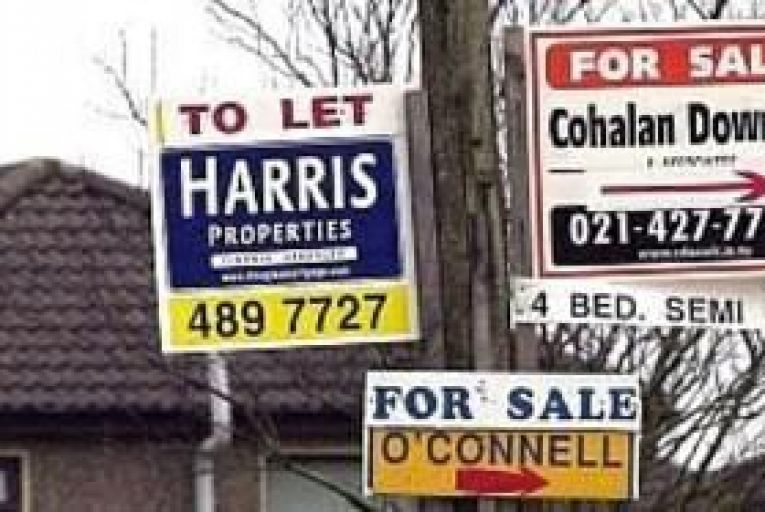 Long-term mortgage arrears expose 25,000 to repossession