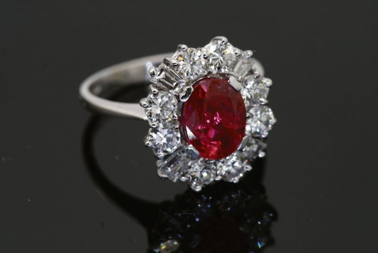 Ruby and diamond cluster ring, set on 18kt white gold with a 1.6ct ruby and cut diamonds, is going for €7,950 at JW Weldon