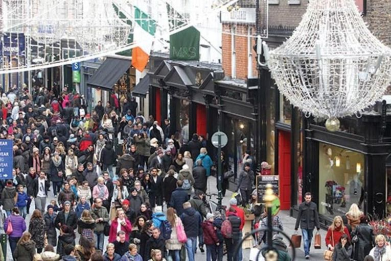 Shoppers throng Dublin's  Grafton Street in this year's run-up to Christmas Picture: Rollingnews