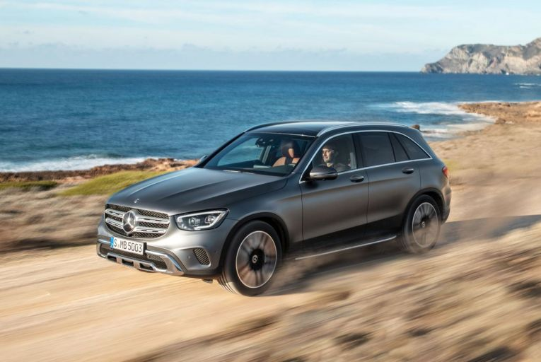 The Mercedes-Benz GLC 300 de 4Matic: unlike most plug-in hybrids on the market, it uses a diesel engine, which is more economical than the petrol and improves overall efficiency