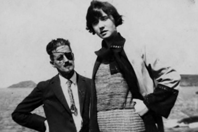 James Joyce and Nora Barnacle: their all-consuming love for each other is the main theme of O'Connor's novel