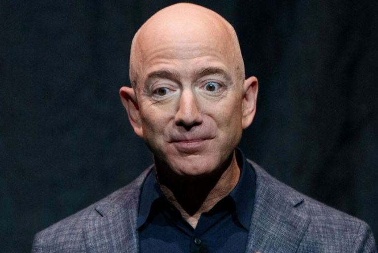Tech View: Capitol Hill grilling rocks Bezos back on his heels