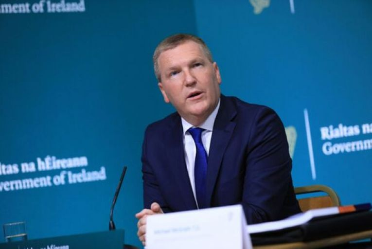 Paying top-rate Covid supports for a year would cost state €16bn