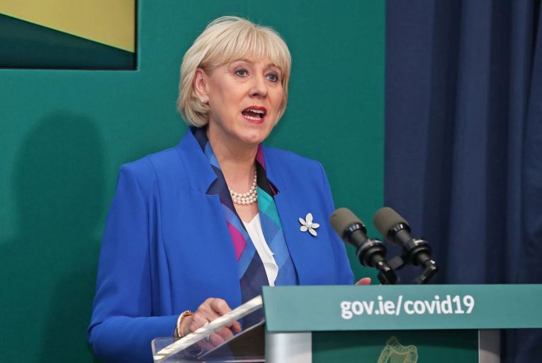 Heather Humphreys, the Minister for Social Protection, is standing over the payments to the full-time students.