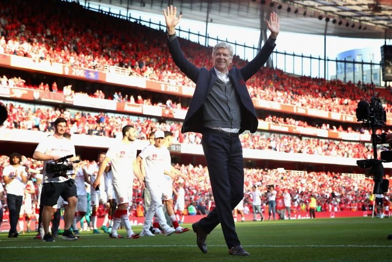 My Life In Red and White: Disappointingly thin memoir shows how Wenger lost his way