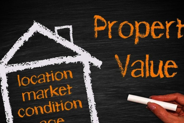 """The valuer's task is to assess what's called the """"open market value"""" of a property"""