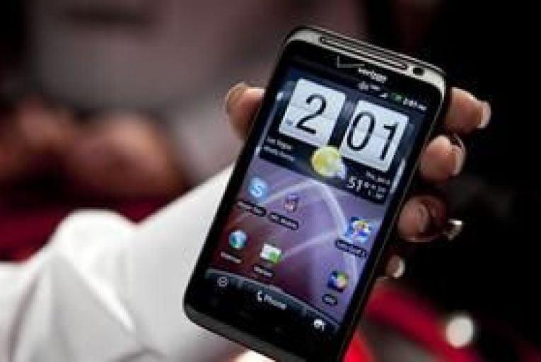 HTC tops US smartphone league