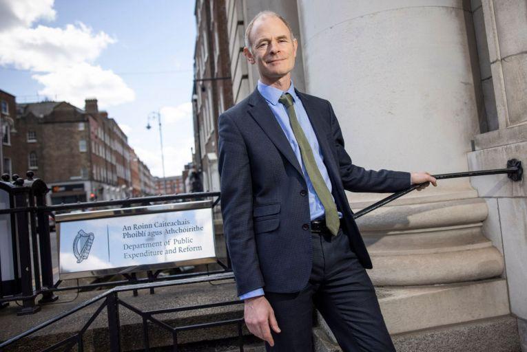 Smyth plans to introduce digital driving licences