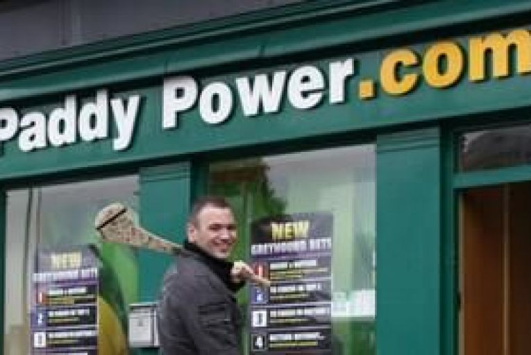 """Giant ad secures work for """"Jobless Paddy"""""""