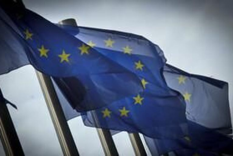Finance ministers authorise EFSF to issue debt swap bonds