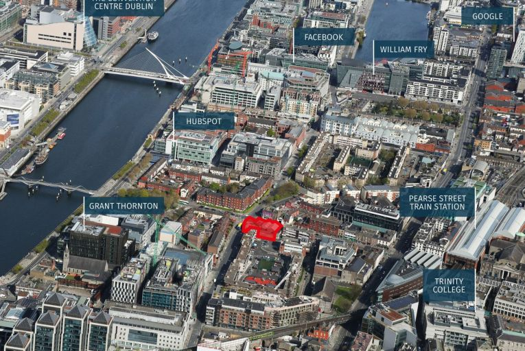 The site at 19/20 Lombard Street and 112/114 Townsend Street, highlighted in red