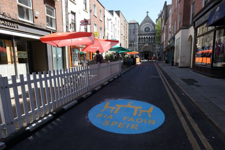 Outdoor dining in Dublin: This summer should be an opportunity to celebrate and have a good time, responsibly. Picture: RollingNews.ie
