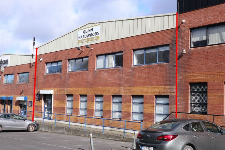 Warehouse and office unit in industrial estate on M50 for €750k