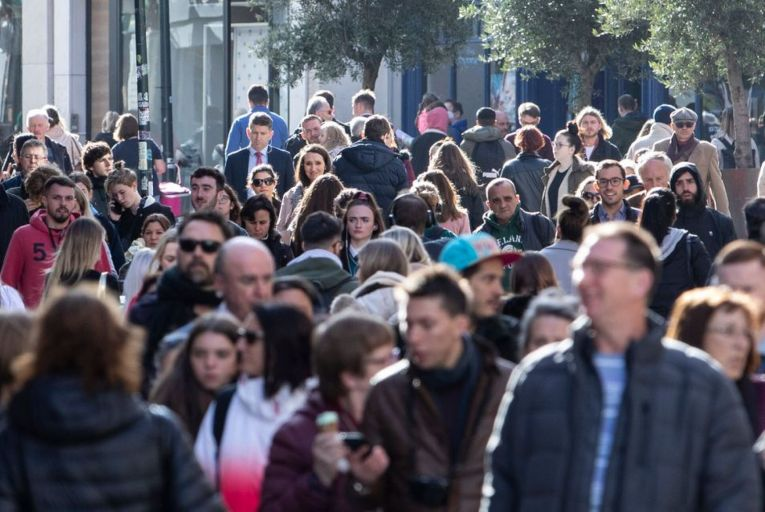 Future of many thousands of jobs uncertain, warns Central Bank
