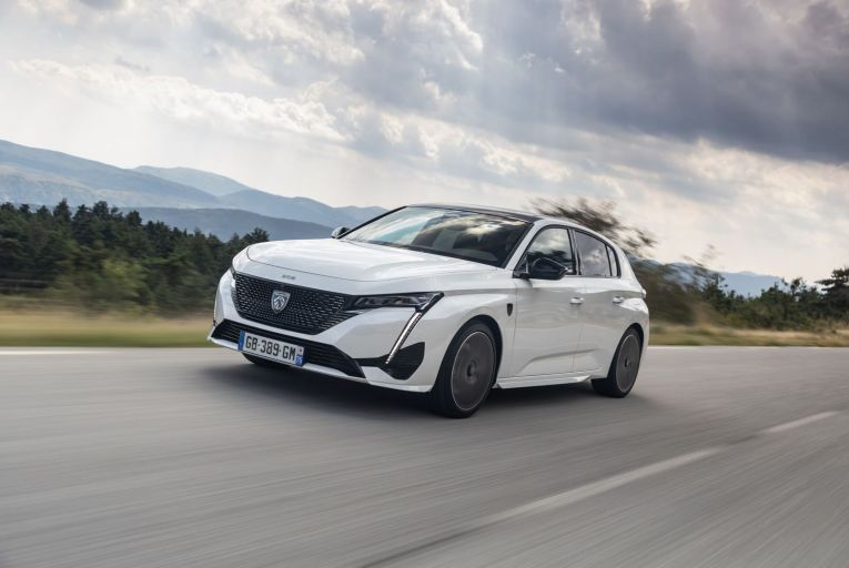 The new Peugeot 308 will put it up to C-segment heavyweights such as the Ford Focus and Volkswagen Golf